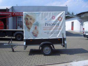 Fahrzeugbeschriftung Anhänger mit Folie