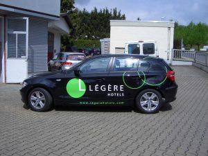 Fahrzeugbeschriftung mit Folien